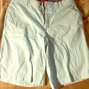 Izod Men's pin stripe shorts